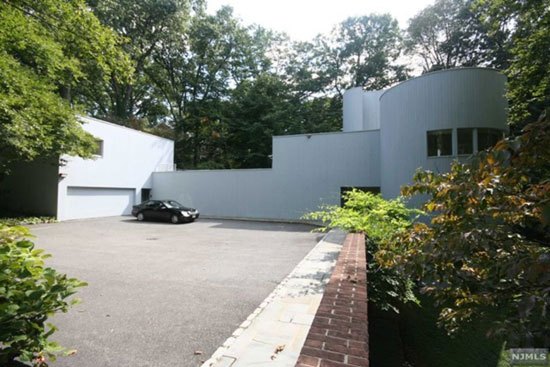 1960s Hobart Betts-designed modernist property in Englewood, New Jersey, USA