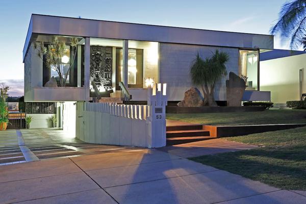 19. 1960s Iwann Iwanoff-designed modernist property in Dianella, Western Australia, Australia
