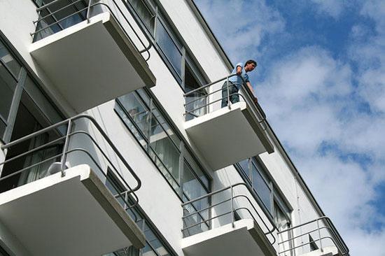 23. Studio flats in 1920s Prellerhaus Bauhaus Studio Building in Dessau, Germany
