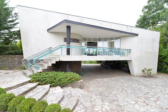 3. 1950s Georges Lacaze modernist property in Bergerac, Dordogne, France