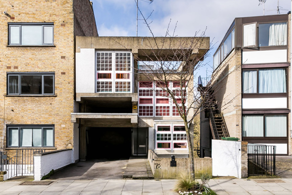 1960s Brian Housden-designed Housden House in London NW3