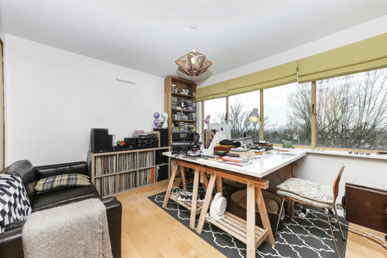 Apartment in the 1930s Berthold Lubetkin-designed Highpoint Building in London N6