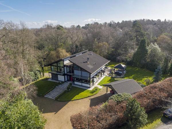 Huf Haus property in St George's Hill, Weybridge, Surrey