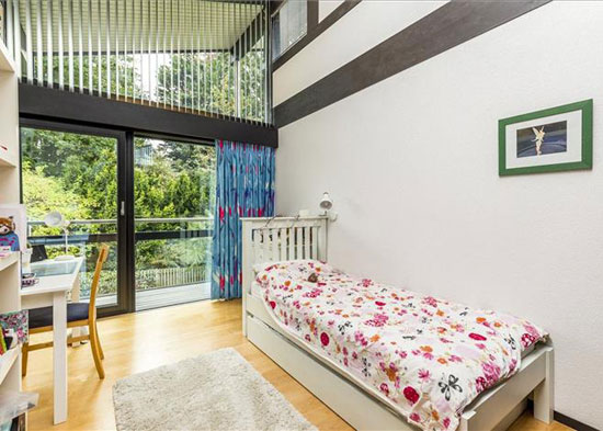 Five-bedroom Huf Haus in Dulwich Village, London SE21