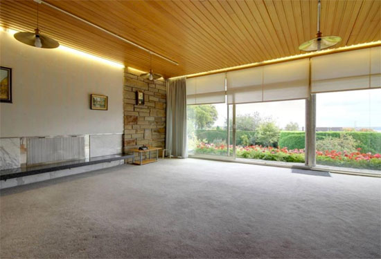 1960s Elsworth Sykes-designed Garth House midcentury property in North Ferriby, East Yorkshire