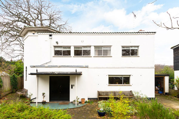 Preserved art deco: 1930s C. H. Lindsey-Smith-designed property in Woodford Green, London IG8