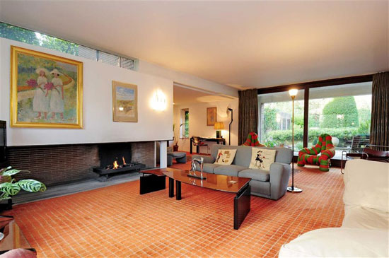 Award winning 1960s five-bedroom property in Mill Hill, London NW7