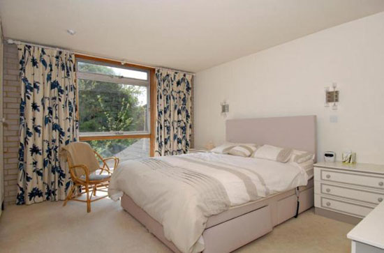 Five-bedroom 1960s modernist house in Loughton, Essex