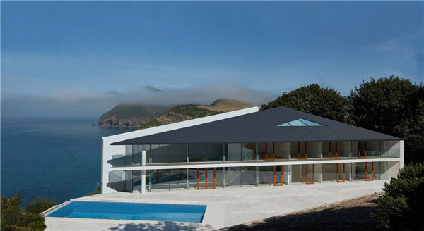Guy Greenfield-designed Stealth House in Ilfracombe, Devon