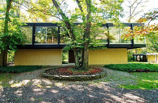 1960s Jack Viks-designed modernist property in Lake Forest, Illinois, USA