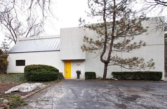 On the market: 1930s modernist house and studio in Prospect Heights, Illinois, USA