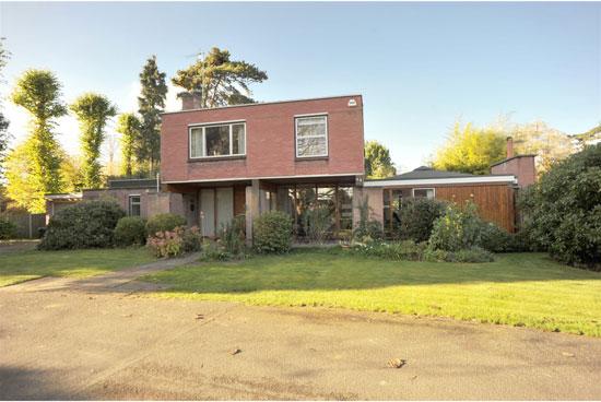 1960s modernism: Design Planning Associates-designed property in Ingatestone, Essex