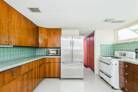 1950s Evans Woollen III-designed modernist property in Indianapolis, Indiana, USA