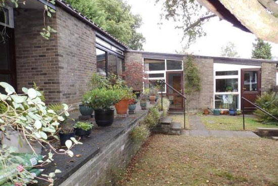 On the market: 1960s midcentury modern single-storey property in Ipswich, Suffolk