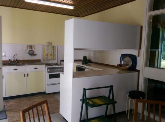 1960s Kelly, Barry & Associates-designed modernist property in Dromgarriff, County Cork, Ireland