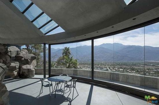 Bond classic for sale: 1960s John Lautner-designed Elrod House in Palm Springs, California, USA