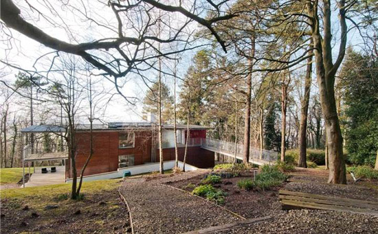 Niall McLaughlin-designed Jacob's Ladder modernist property in  Chinnor, Oxfordshire