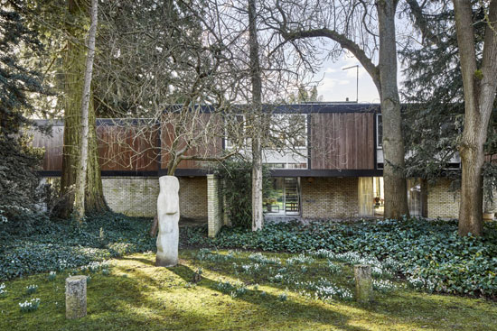 1960s Jack Bonnington Ferrum House in Harpenden, Hertfordshire