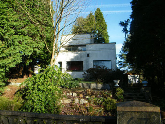 Three-bedroom 1930s art deco property in Carmarthen, South Wales