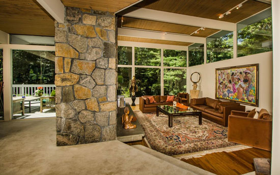 1960s midcentury modern property in Bedford, New York, USA