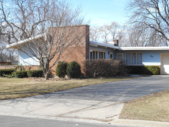 On the market: 1950s John Semitekol-designed midcentury property in Joliet, Illinois, USA