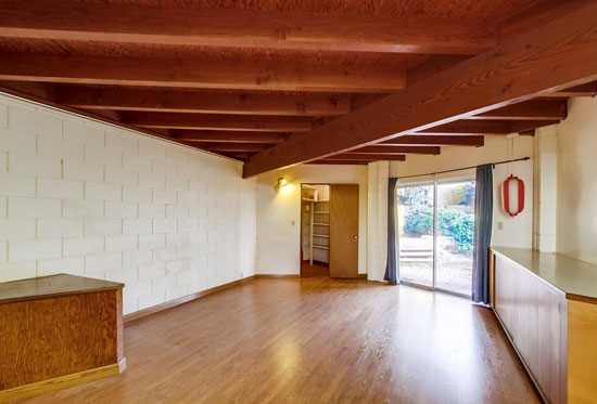 1960s Loch Crane-designed midcentury modern property in La Jolla, California, USA