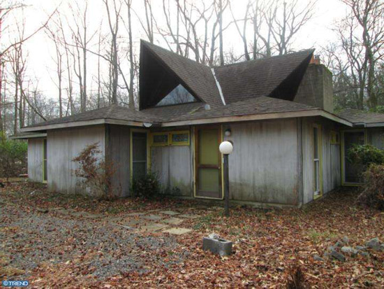In need of renovation: 1960s Louis Kahn-designed Clever House in Cherry Hill, New Jersey, USA