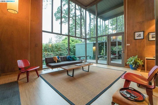 1960s Roger Lee-designed midcentury property in Kensington, California, USA