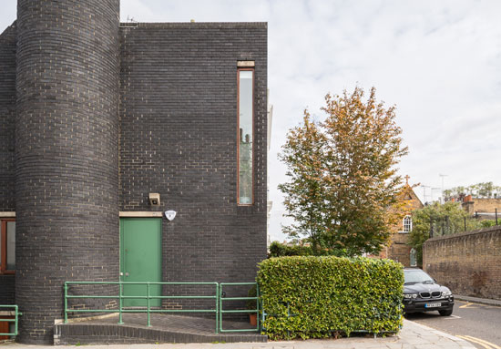 1960s grade II-listed Tom Kay-designed modernist property in London W8