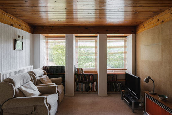 1950s Kenneth Proctor modern house in Holymoorside, Derbyshire