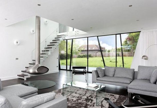 Trish House contemporary modernist property in Yalding, near Maidstone, Kent