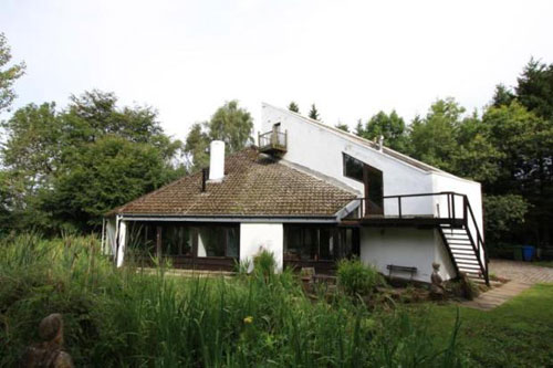 Robert Steedman-designed Calderstone House in East Kilbride, Lanarkshire