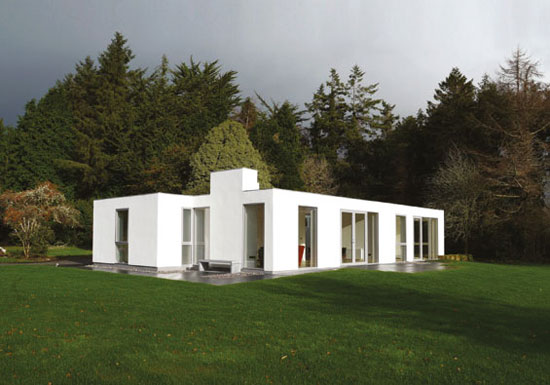 1960s modernist bungalow in Killowen, Co. Kerry, Ireland
