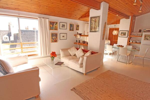 Airbnb find: 1960s modernist property in Kingsand, Cornwall