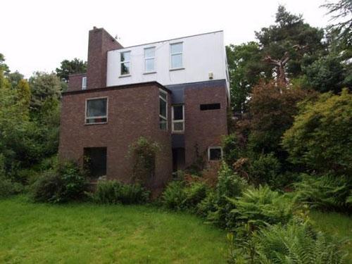 In need of renovation: 1960s modernist five-bedroom house in West Kirby, Merseyside