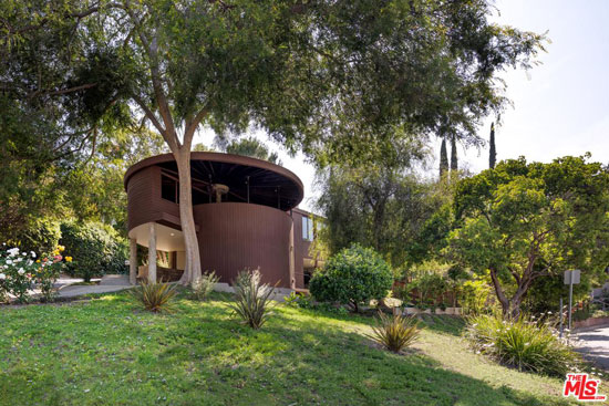 The Foster House by John Lautner in Sherman Oaks, California, USA