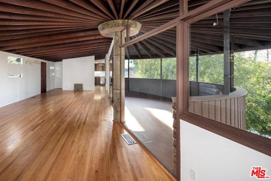 The Foster House by John Lautner in Sherman Oaks, California, USA