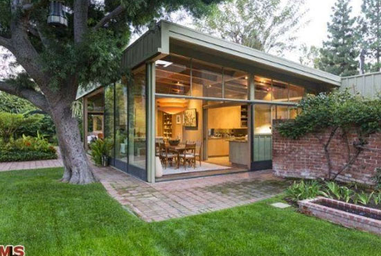 On the market: 1940s Richard Neutra-designed modernist property in Los Angeles, California, USA