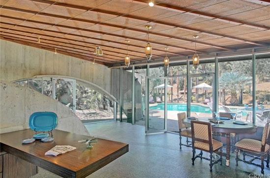 1960s modernism: John Lautner-designed Tolstoy House in Alta Loma, California, USA