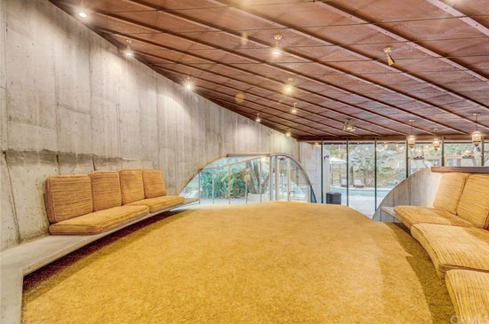 1960s modernism: John Lautner-designed Tolstoy House in Alta Loma, California, USA