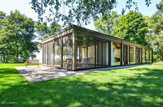 On the market: 1960s David Haid-designed modernist property in Lakeside, Michigan, USA