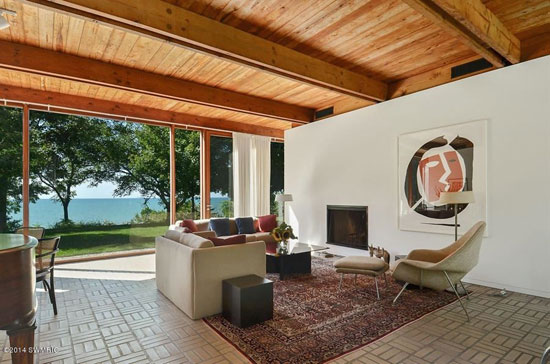 1960s David Haid-designed modernist property in Lakeside, Michigan, USA