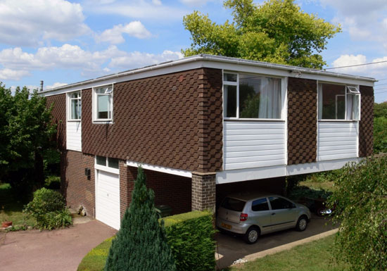 On the market: 1960s Patrick O'Keefe-designed Highland house in Langley, Kent