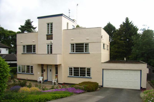 1930s art deco four-bedroomed house in Guiseley, Leeds, West Yorkshire