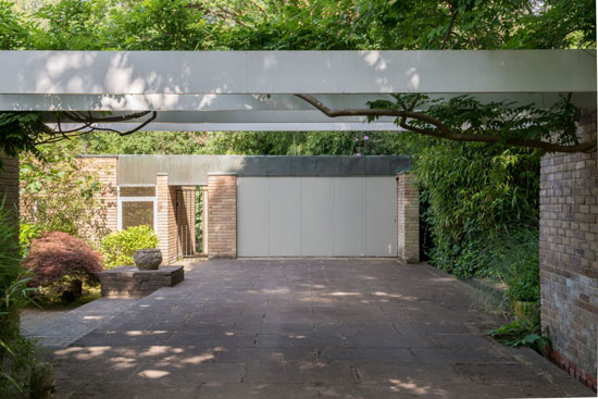 1960s Leslie Gooday-designed grade II-listed modernist property in St George's Hill, Weybridge, Surrey