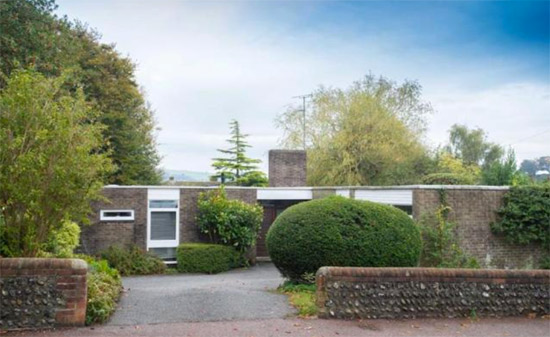 1960s John Schwerdt-designed modernist property in Lewes, East Sussex