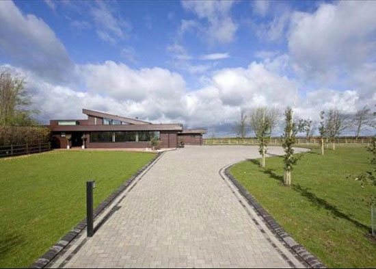 Four-bedroom contemporary modernist property in Lichfield, Staffordshire