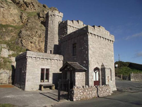 Castle on the beach: Tollgate House in Llandudno, Conwy