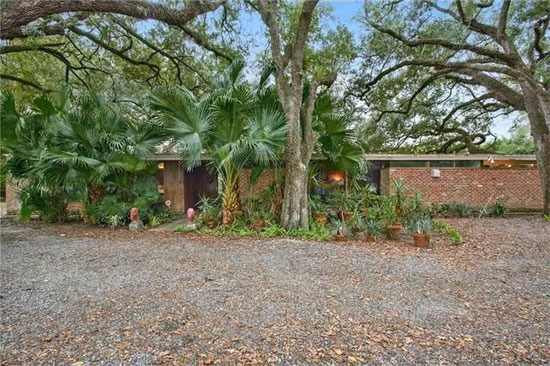 On the market: 1950s Arthur Davis-designed midcentury modern property in River Ridge, Louisiana, USA