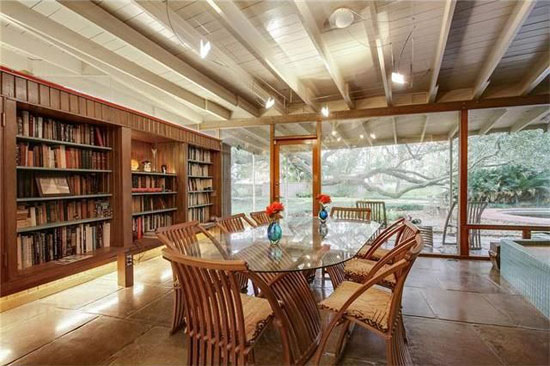 1950s Arthur Davis-designed midcentury modern property in River Ridge, Louisiana, USA
